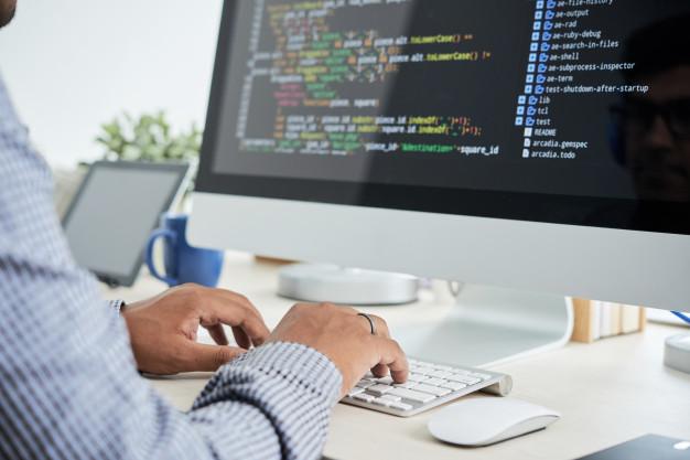 أهمية ومزايا التكنولوجيا في حياتنا اليومية
